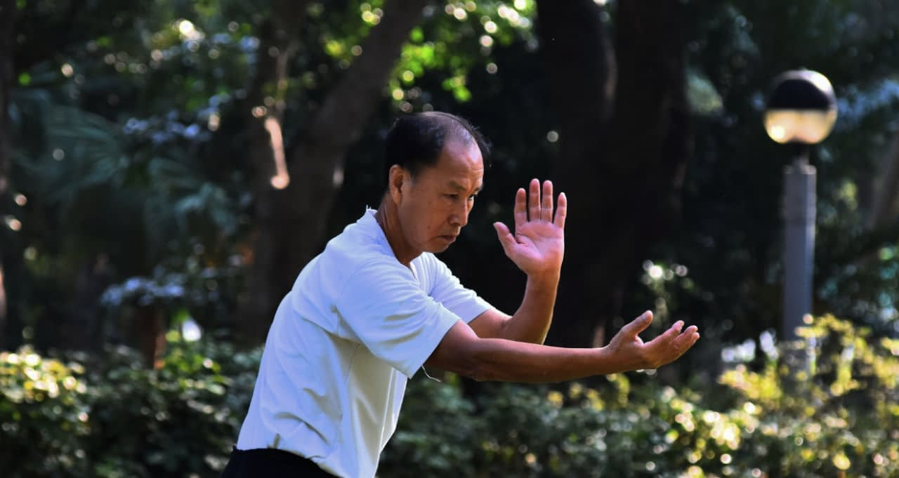can tai chi help with lower back pain