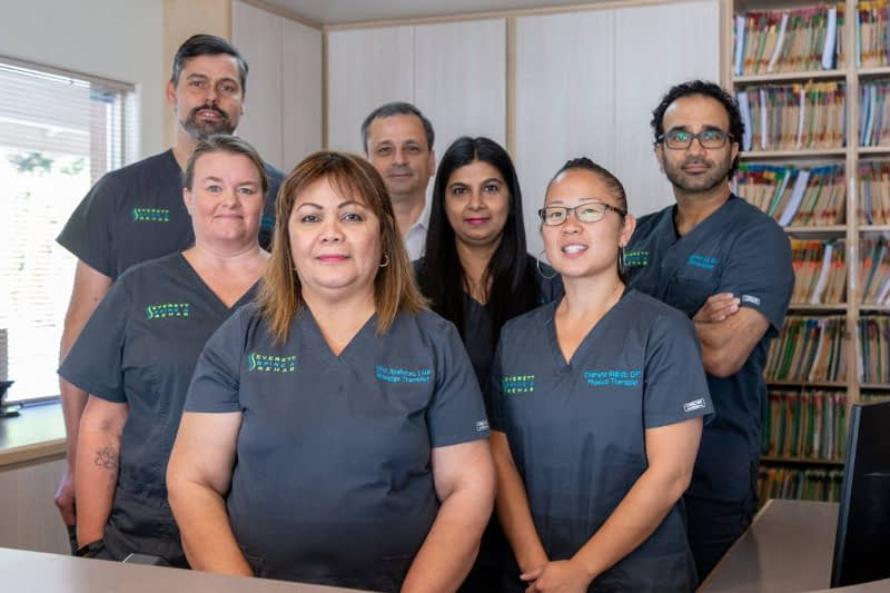 Everett Spine and Rehab Staff